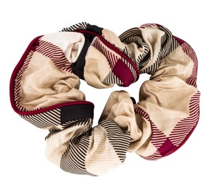 Burberry Beige, black Burberry Nova Check print scrunchie