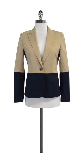 Preload https://img-static.tradesy.com/item/20611396/theory-tan-and-navy-colorblock-blazer-size-4-s-0-0-650-650.jpg