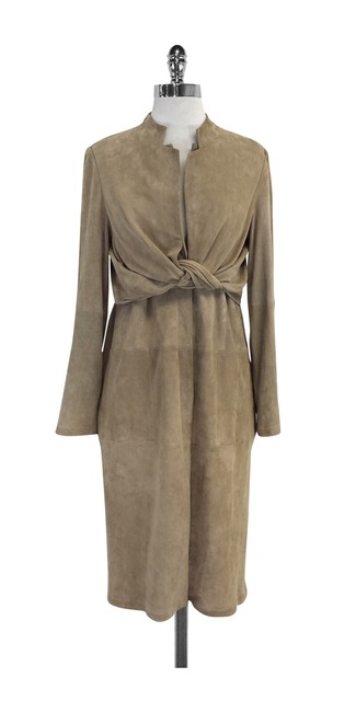 Preload https://img-static.tradesy.com/item/20611422/halston-tan-suede-knot-front-size-8-m-0-0-650-650.jpg
