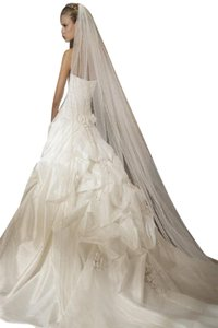 St. Patrick Silk 2278521 Wedding Dress Size 14 (L)