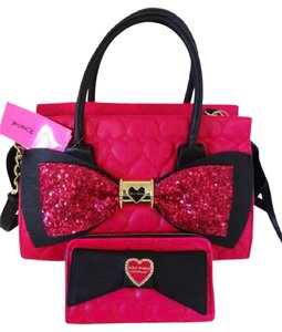 Betsey Johnson Cross Body Sequin Bow Wallet Satchel in fuchsia