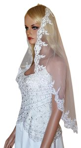 Wedding Lace Mantilla Veil Elbow Veil Light Ivory Style # V-002-ab