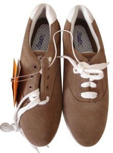 NATURALIZER TAN Flats