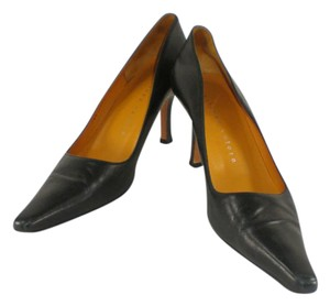 Martinez Valero Leather Pointy Black Pumps