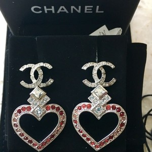 Chanel Chanel 2016 CC Valentine Heart Crystal Earrings