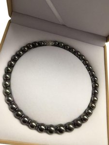 Other Genuine Tahitian Black Pearl Necklace