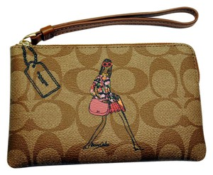 Coach Wristlet in Khaki and Saddle