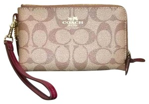 Coach Light Gold / Kaki Clutch