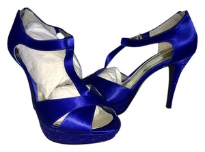 Style & Co Blue Pumps