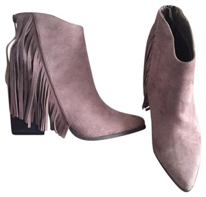 Candie's taupe Boots