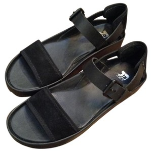 JOE'S Jeans Leather Suede Buckle Straps Rubber Soles Black Sandals