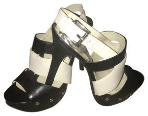 Michael Kors BLK/WHITE LEATHER Platforms