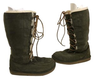 UGG Australia Marked S/n Fits M Mismarked 6 Fits 7 Green suede leather sheepskin lining rawhide ties mid calf Boots