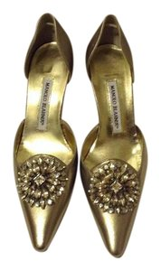 Manolo Blahnik Broach D'orsay Light Gold Pumps
