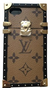 Louis Vuitton IPhone Petite Malle Case M64484