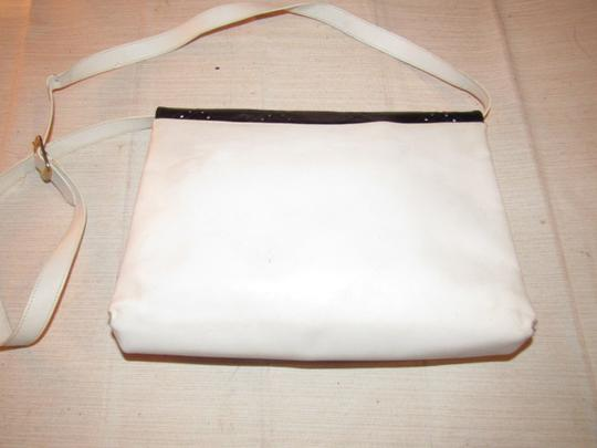 Salvatore Ferragamo Dressy Or Casual Two-way Style Structured Shape Color Style Excellent Vintage Shoulder Bag