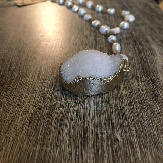 Unik White Crystal and Pearl Statement Necklace