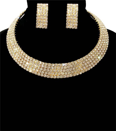 Preload https://item5.tradesy.com/images/gold-cuff-stoned-necklace-20617624-0-1.jpg?width=440&height=440