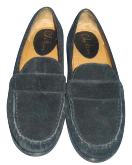 Preload https://item5.tradesy.com/images/cole-haan-black-suede-loafers-flats-size-us-8-20617909-0-1.jpg?width=440&height=440
