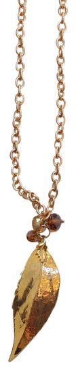 Preload https://item4.tradesy.com/images/gold-dipped-leaf-necklace-20618068-0-1.jpg?width=440&height=440
