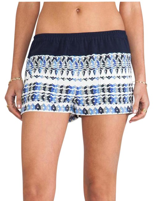 Preload https://item2.tradesy.com/images/bcbgmaxazria-teagan-woven-dress-shorts-size-4-s-27-20618201-0-1.jpg?width=400&height=650