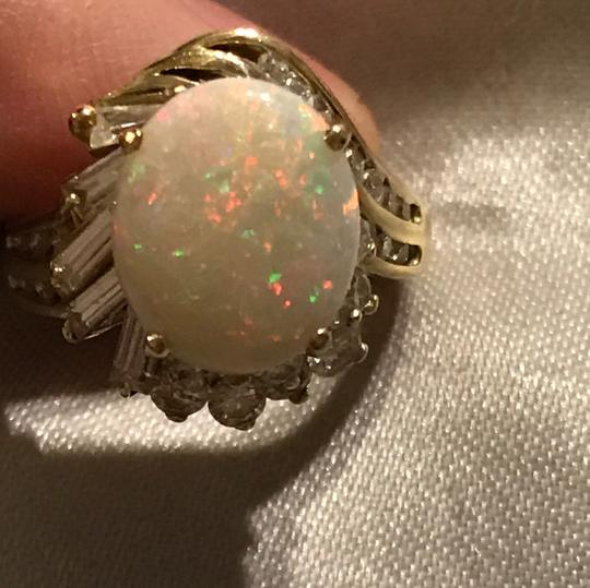Other 2 Carat Genuine Opal Ring & Cz-14kt