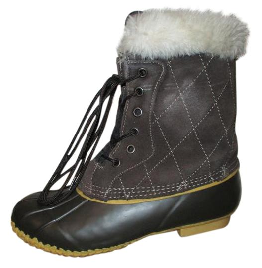 Preload https://item4.tradesy.com/images/brown-insulated-duck-bootsbooties-size-us-7-regular-m-b-20619128-0-1.jpg?width=440&height=440