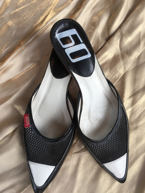 Miss Sixty Black and White Colorblock Leather Mesh Kitten Heel Mules/Slides Size EU 39 (Approx. US 9) Regular (M, B) Miss Sixty Black and White Colorblock Leather Mesh Kitten Heel Mules/Slides Size EU 39 (Approx. US 9) Regular (M, B) Image 2