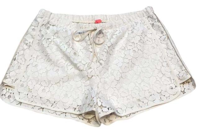 Preload https://item1.tradesy.com/images/ivory-lace-minishort-shorts-size-4-s-27-20619620-0-1.jpg?width=400&height=650