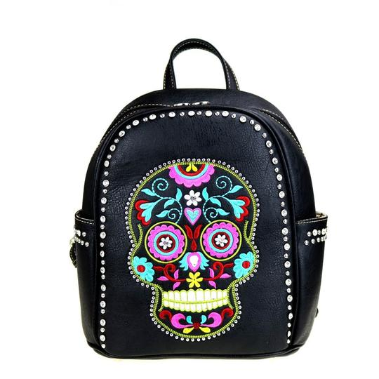 Preload https://img-static.tradesy.com/item/20619710/montana-west-skulls-black-multicolor-pu-leather-backpack-0-0-540-540.jpg