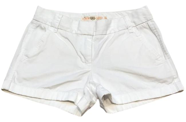 Preload https://img-static.tradesy.com/item/20619731/jcrew-white-broken-in-chino-shorts-size-0-xs-25-0-1-650-650.jpg