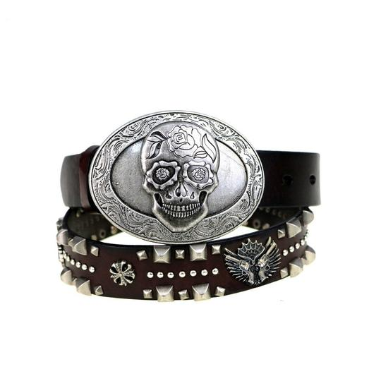 Preload https://item4.tradesy.com/images/montana-west-coffee-antique-silver-brown-leather-skulls-belt-20620393-0-0.jpg?width=440&height=440