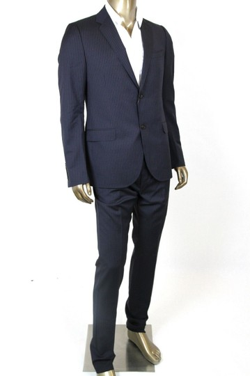 Preload https://img-static.tradesy.com/item/20620542/gucci-blue-men-s-navy-striped-suit-blazer-pants-it-56-l-us-36-l-353236-4440-groomsman-gift-0-0-540-540.jpg