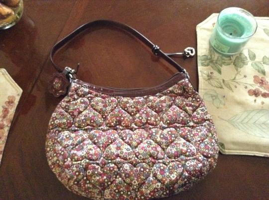 Preload https://item2.tradesy.com/images/brighton-handbag-with-key-chain-pink-brown-floral-quilted-cotton-hobo-bag-20620666-0-0.jpg?width=440&height=440