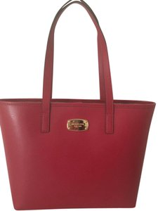 Michael Kors 100% Mk Jet Set Leather Tote in Red