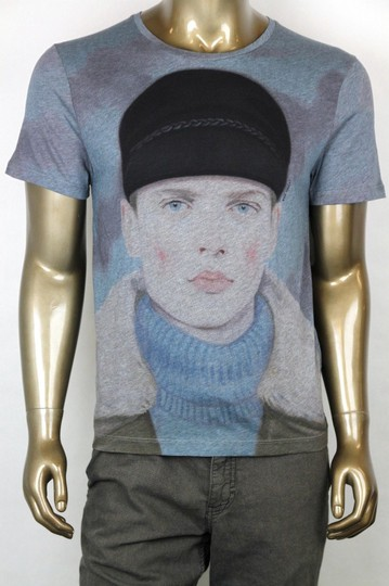 Preload https://item4.tradesy.com/images/gucci-blue-new-kris-knight-graphic-crew-neck-t-shirt-3xl-374443-4027-shirt-20620978-0-0.jpg?width=440&height=440