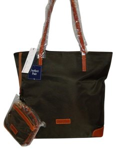 Dooney & Bourke Wristlet Nylon 2 Piece Set Tote in Brown T'Moro