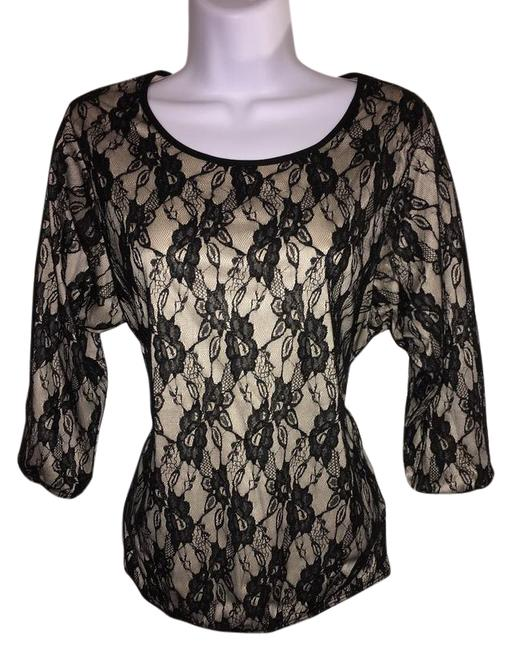 Preload https://item1.tradesy.com/images/work-or-office-blouse-size-6-s-20621300-0-1.jpg?width=400&height=650