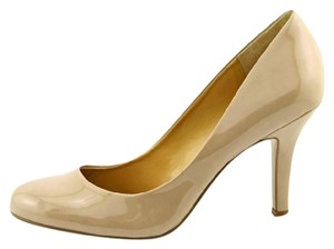 Nine West Ambitious Patent Neutral Beige/Neutral Pumps