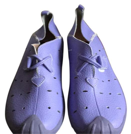 Preload https://item1.tradesy.com/images/lilac-ant-dina-sneakers-size-us-10-regular-m-b-20621795-0-1.jpg?width=440&height=440