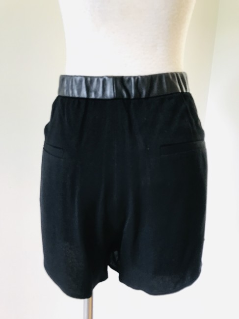 Helmut Lang Mini/Short Shorts black Image 5