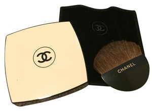 Chanel CHANEL makeup compact with brush and velvet case