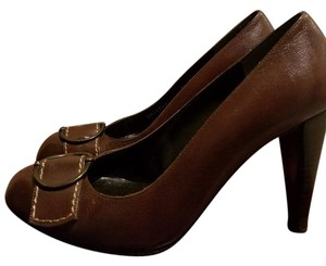 Stuart Weitzman Vintage Buckle Brown Pumps
