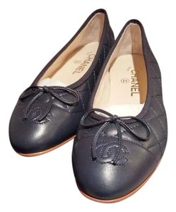 Chanel Bellet Ballerina Size 37.5 Quilted Navy Blue Flats