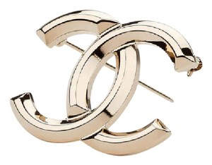 Chanel NEW Chanel Cruise 2017 Collection brooch
