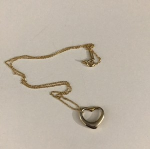 Tiffany & Co. Vintage Tiffany & Co 18k Yellow Gold Elsa Peretti Heart Necklace