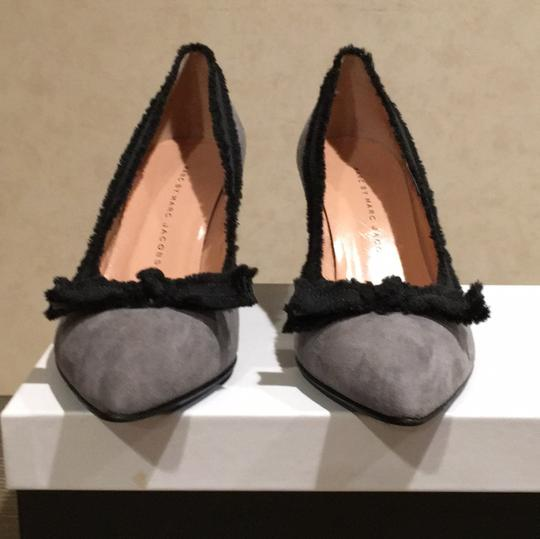 Marc by Marc Jacobs Gray and Black Pumps Image 1