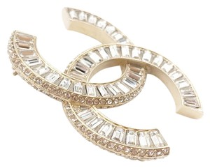 Chanel New LARGE CC Logo Crystal Brooch Gold-Toned