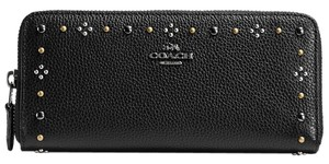 Coach 57298B Daisy Rivets Slim Accordion Zip Wallet