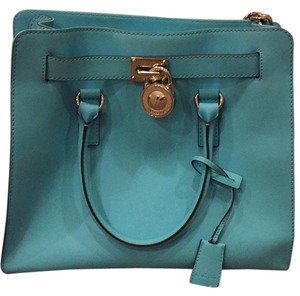 Michael Kors Tote in light blue